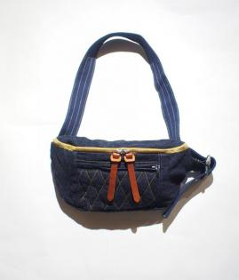SLING BAG / DENIM