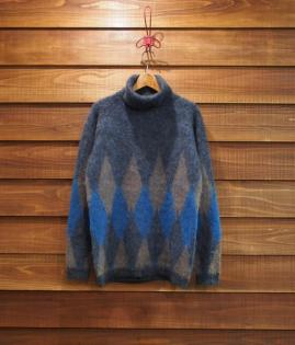 TURTLE NECK MOHAIR KNIT